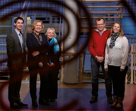 Foto: Fra venstre Trond Myhre (Conecto), Kari Laudani, Trude Christiansen, J�rgen Knap og Lill Iren Solberg (SiO).